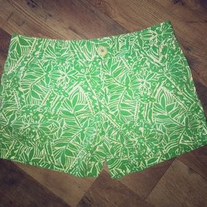 Lilly Pulitzer shorts size 4